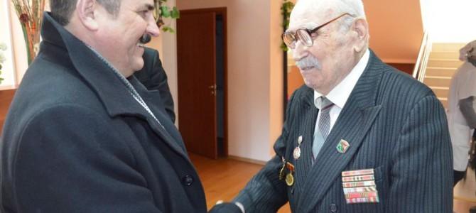 Вручение медали Зайцеву Александру Прокопьевичу